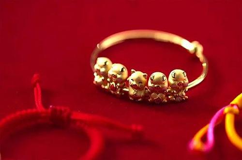 黄金首饰品牌莱百制胜的法宝-个性化定制服务