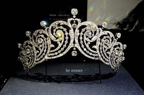 珠宝品牌卡地亚:百年经典传承殿堂级精湛工艺