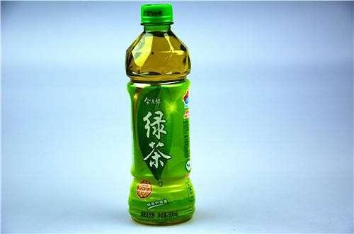 饮料品牌今麦郎被曝存在质量问题, 绿茶饮料存在大量过期