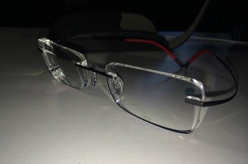 知名眼镜镜架品牌诗乐专访,为个性化的面孔制作个性化的眼镜架