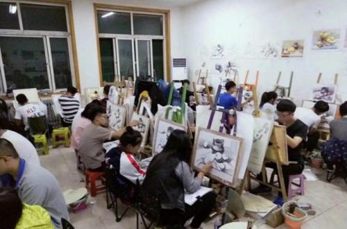 济南画室哪家好?为什么都选择大艺画室