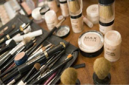 Max Factor蜜丝佛陀是如何成为宝洁公司旗下顶尖品牌