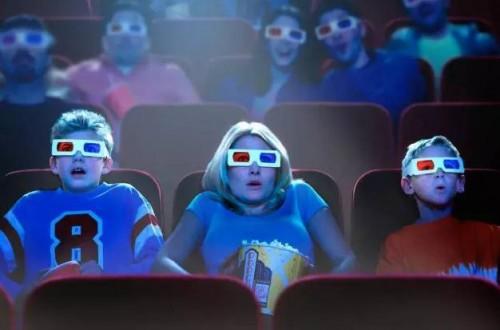 什么是3d电影 3D电影《蓝精灵》风靡掀起的品牌热