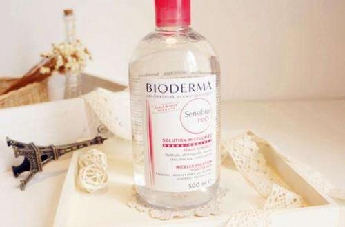 卸妆水哪个好 十款好用的卸妆水推荐