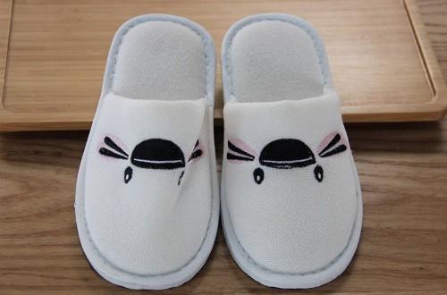 高档拖鞋品牌有哪些,十大高档拖鞋品牌排名