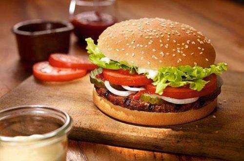 洋快餐品牌汉堡王入驻拼多多 寄望于薄利多销