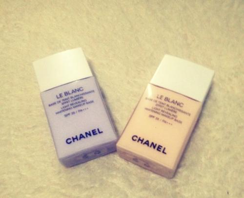 香奈儿妆前乳:抵挡紫外线伤害 让肌肤更加平滑无暇