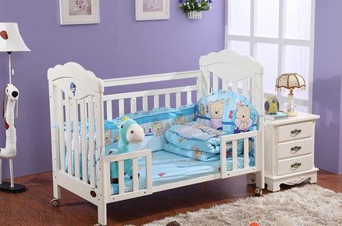 什么牌子婴儿床好 最新最全婴儿床选购指南